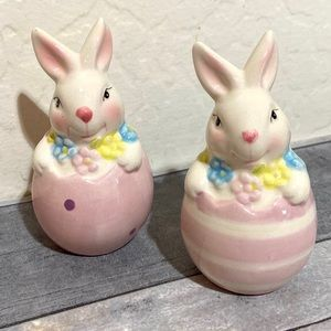 Easter Bunny Rabbit Salt and Pepper Shakers